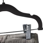 Black Skirt Hangers sub